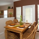 Stoneleigh on Spring Creek Apartment Dining Room
